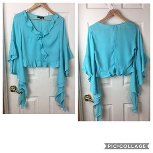 NWOT Starlette ruffled top with flowy sleeves